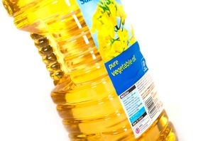 Recycle your vegetable oil (large version)